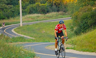 Biking in Waukesha Pewaukee Currents news