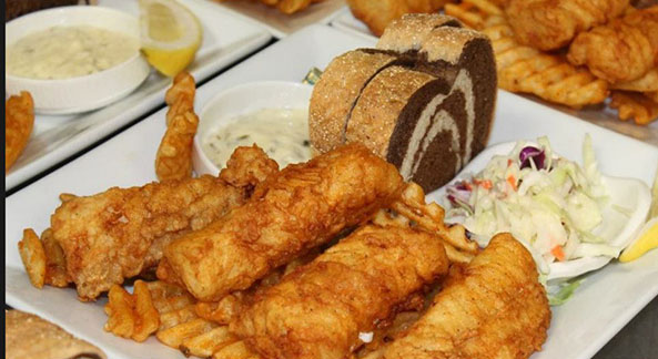 Cue club of wisconsin visit waukesha pewaukee for Friday fish fry near me
