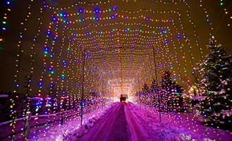 the-country-christmas-pewaukee-wisconsin