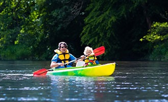paddling-the-fox-and-pewaukee-rivers-in-waukesha-pewaukeecard