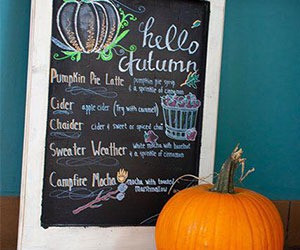 Mama-D's-Coffee-Waukesha-autumn-drink-specials-currents-2018